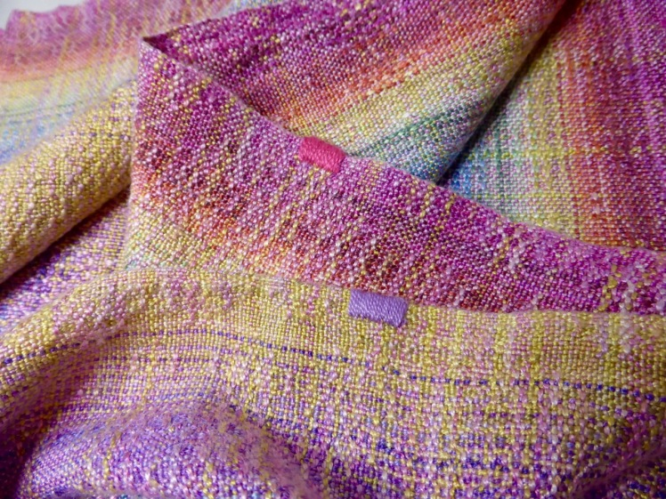 Rainbow End wrap #6, SeaLace weft, crackle weave, middle markers