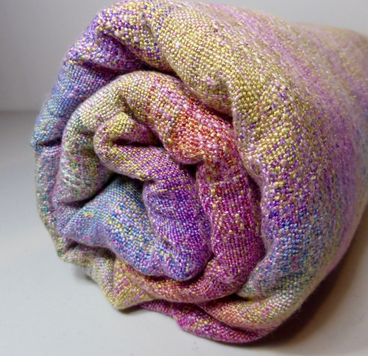 Rainbow End wrap #6, SeaLace weft, crackle weave, bundle